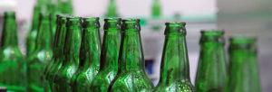 """Quelle: Fotolia, popov48, """"Glass bottles for beer"""", 42838327"""